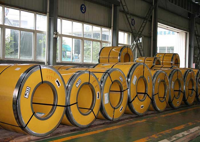 Bobine din oțel inoxidabil 304 / 304L