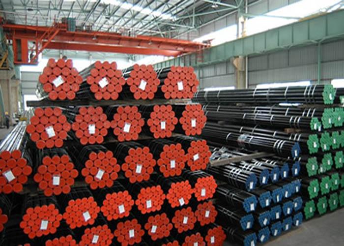 API 5L, API 5CT, ASTM A106 / A53, DIN 2391, EN10305, EN10210 Tevi din oțel fără sudură din aliaj de carbon
